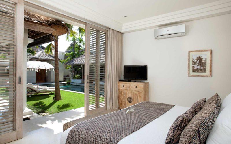 Villa Adasa Seminyak   Guest Bedroom