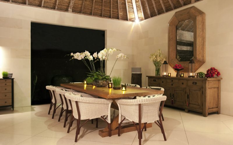 Villa Adasa Seminyak   Dining Area at night