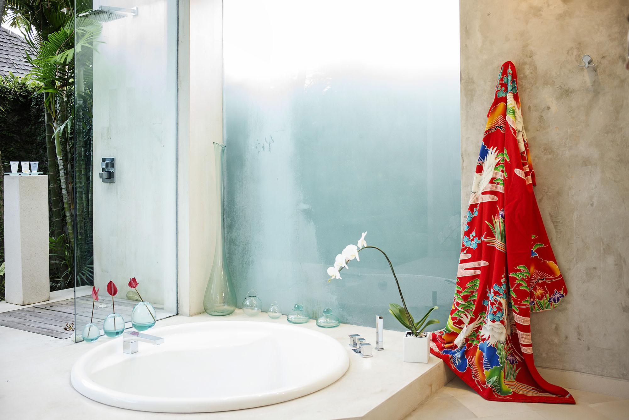 Villa The Laya 1 Bdr   En suite bathroom
