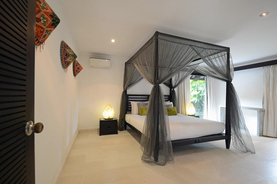 Villa Palm River   1 Guest Bedroom 2
