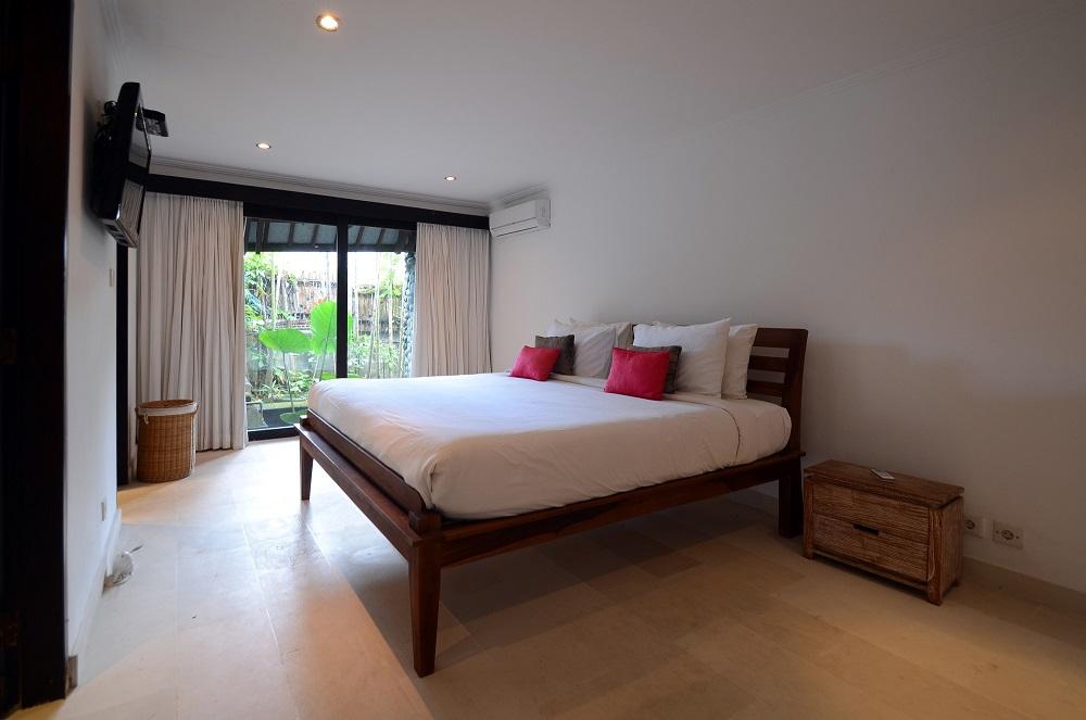 Villa Palm River   1 Guest Bedroom 3