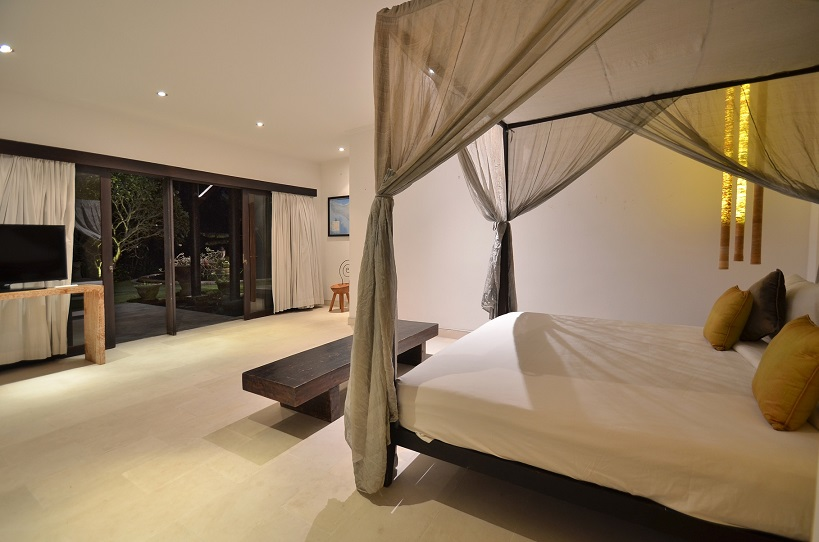 Villa Palm River   1 Guest Bedroom 4 (3)