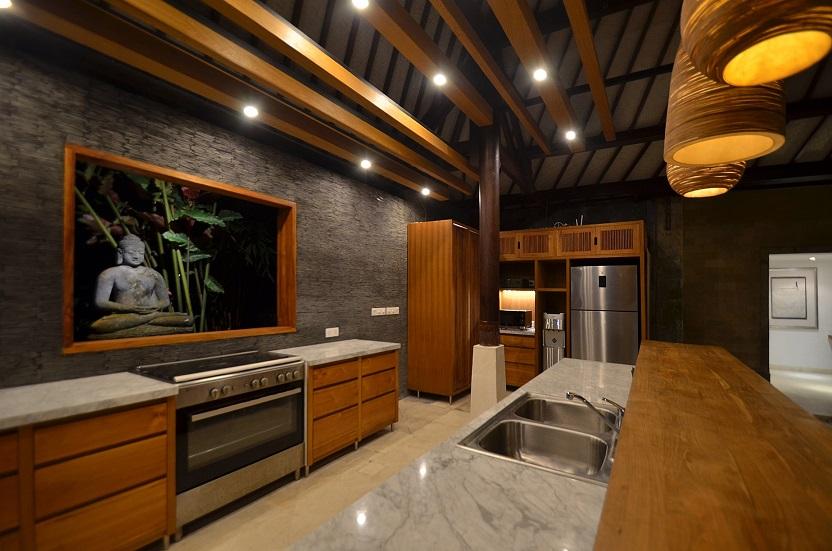 Villa Palm River   1 Kitchen