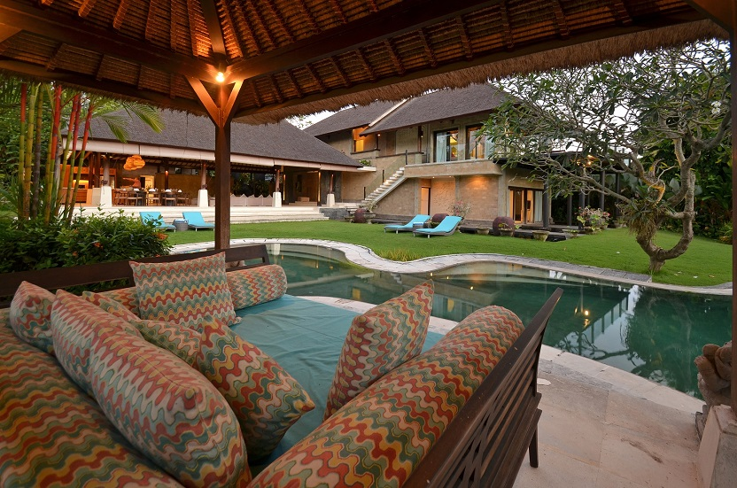 Villa Palm River   1 Poolside Gazebo