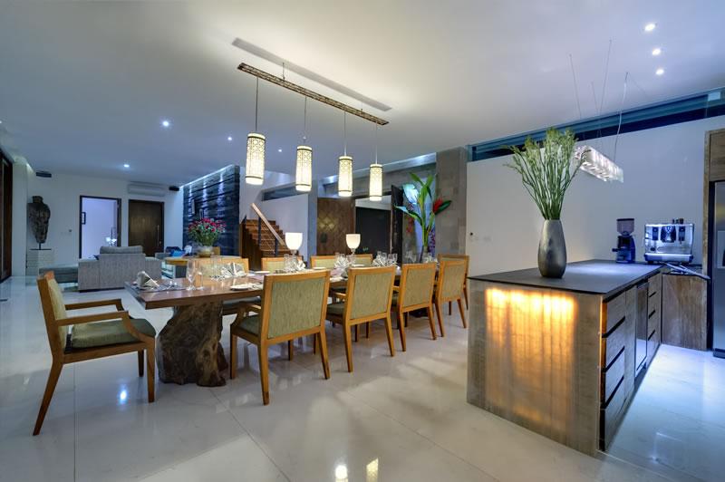 Villa Aiko   Dining and Kitchen