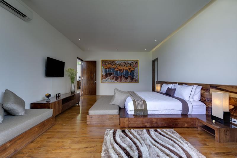 Villa Aiko Guest Bedroom1