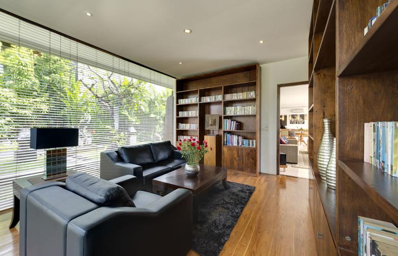 Villa Aiko   Library