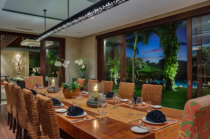 Villa Bendega Nui   Dining Area