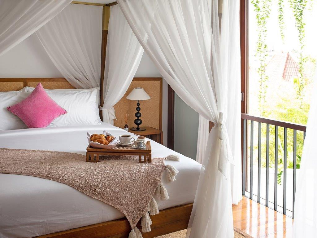Villa Indrani   Room service