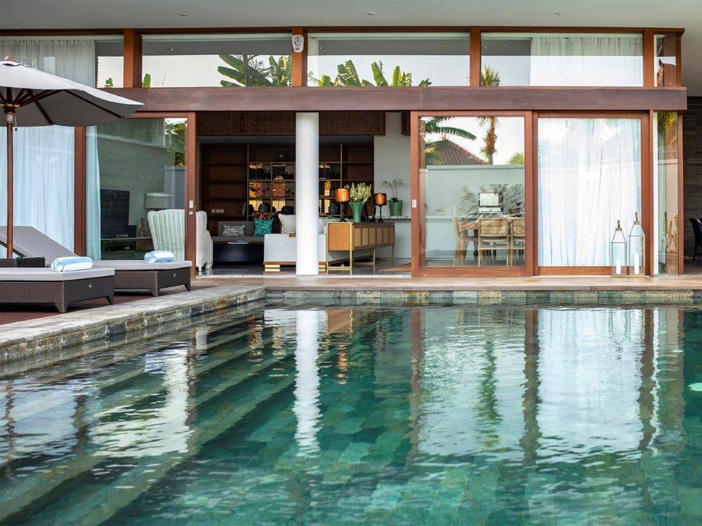 Villa Indrani   Villa pool