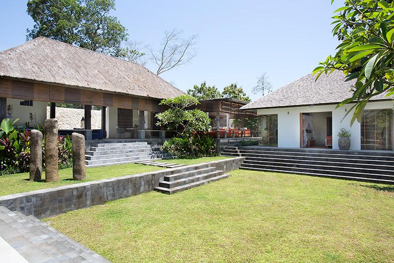 Villa Levi   Garden