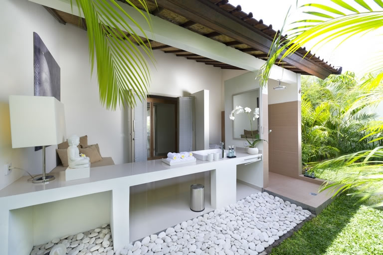Villa Sahana   en suite bathroom